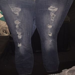 Torrid size 26 distressed jeans